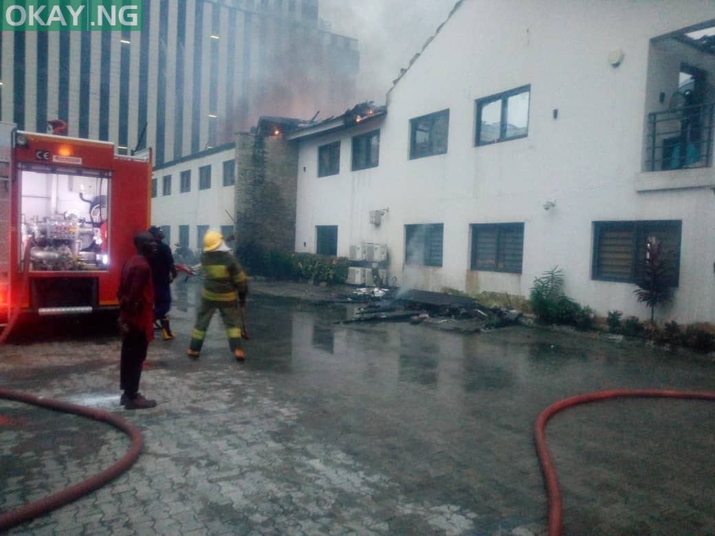 Fire guts Transcorp building in Ikoyi, Lagos