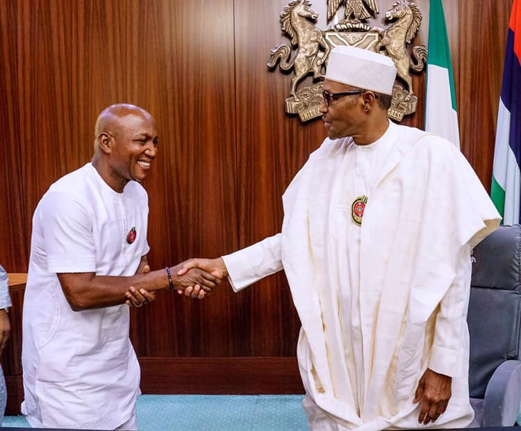 Photo of IN PHOTOS: Buhari receives Bayelsa governor-elect, Lyon, others in Aso Rock