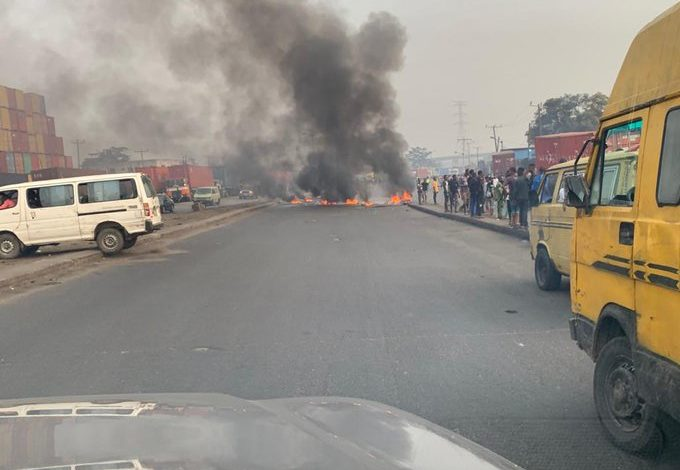 Photo of Okada, Keke riders clash with Police in Lagos