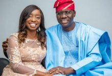 Photo of Gov. Sanwo-Olu, family, aides test negative for COVID-19