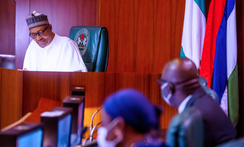 Photo of Buhari reveals what he told security agencies before Edo election