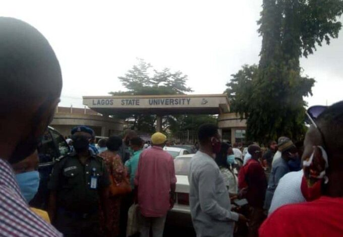 Photo of ASUU, SSANU prevent LASU VC, students from accessing school premises