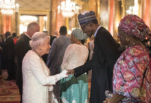 Photo of Nigeria at 60: Queen Elizabeth II sends letter to Buhari