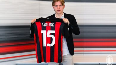 Photo of AC Milan sign Norwegian striker Hauge