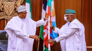 Photo of Buhari congratulates Akeredolu on his re-election as Ondo governor