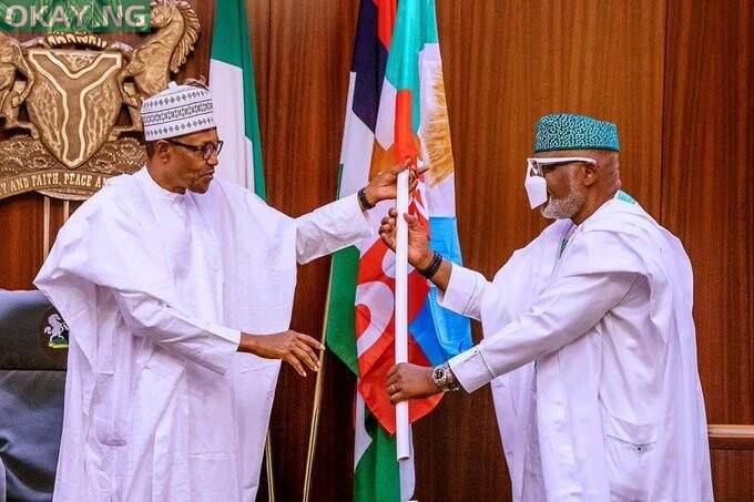 Photo of Buhari congratulates Akeredolu on his re-election as Ondo governor