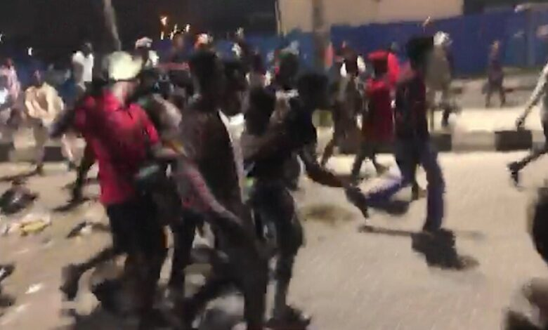 Photo of #EndSARS: Lagos govt react as 'security operatives' open fire at Lekki toll gate
