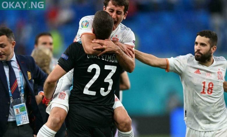 Simon saved two penalties to help Spain reach the Euro 2020 semi-finals Kirill KUDRYAVTSEV POOL/AFP