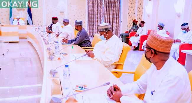 President Buhari received the NNPC delegation and government officials at the State House
